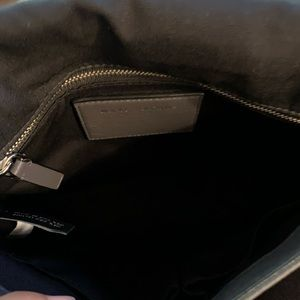 Marc Jacobs Bags - Marc Jacobs Sling Bag